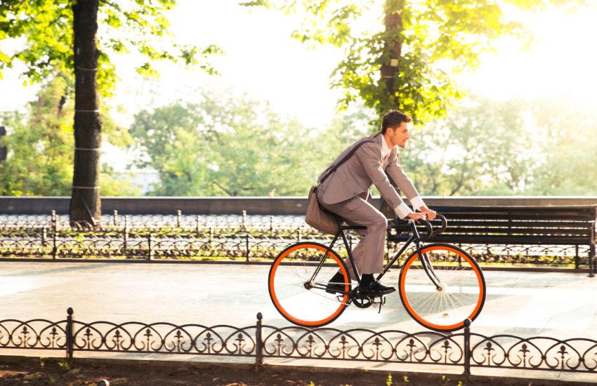 自転車 1キロ 何分